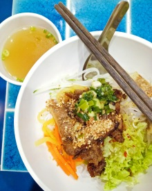 Dry Rice Vermicelli with Roasted Lemongrass